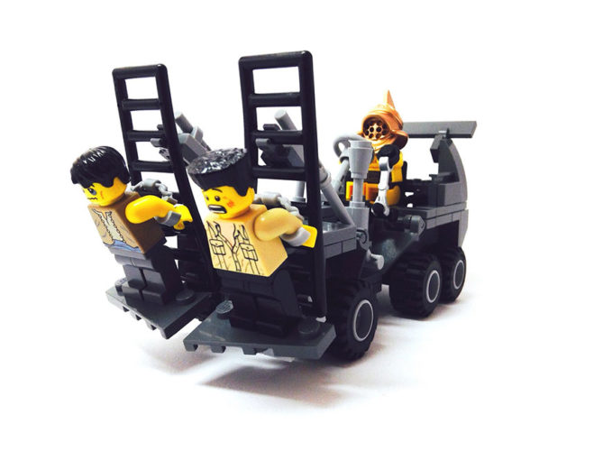 mad-max-un-fan-a-recree-les-vehicules-de-la-saga-en-lego-2