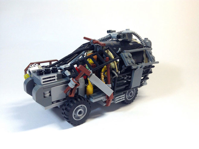mad-max-un-fan-a-recree-les-vehicules-de-la-saga-en-lego-6