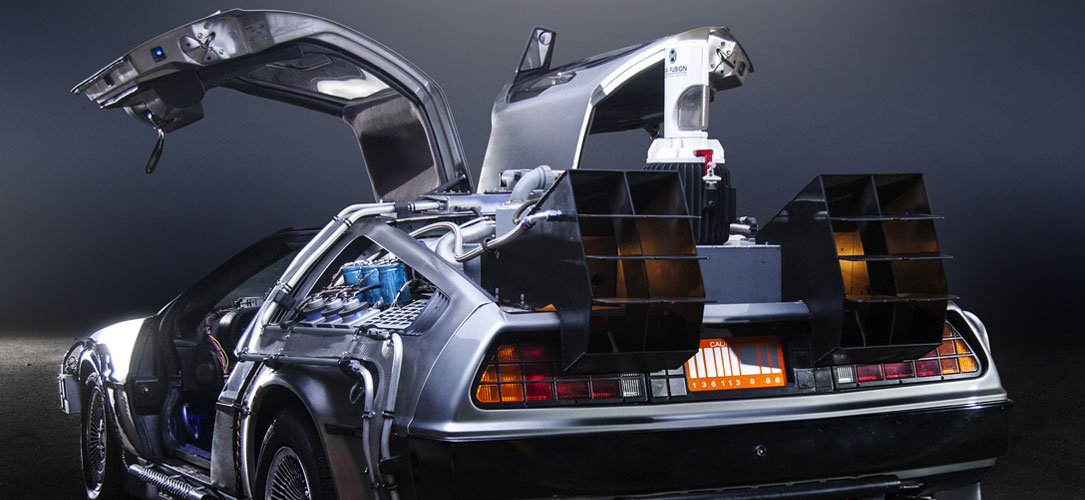 retour vers le futur la mythique delorean dmc 12 revient. Black Bedroom Furniture Sets. Home Design Ideas