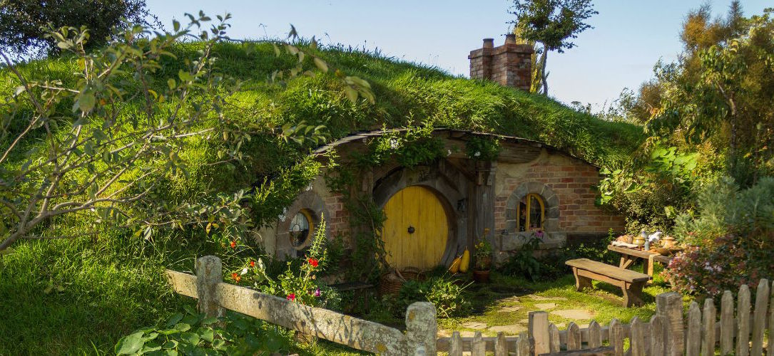 comment construire une maison de hobbit dans son jardin. Black Bedroom Furniture Sets. Home Design Ideas