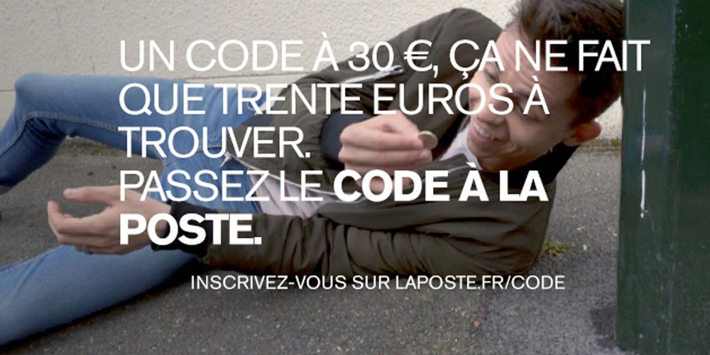 la poste lance un nouveau service et propose l examen du code de la route pour 30 euros seulement. Black Bedroom Furniture Sets. Home Design Ideas