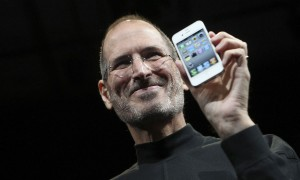 steve-jobs-iphone-4